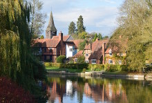 Whitchurch-on-Thames, view from Whitchurch Bridge, Berkshire © Edmund Shaw